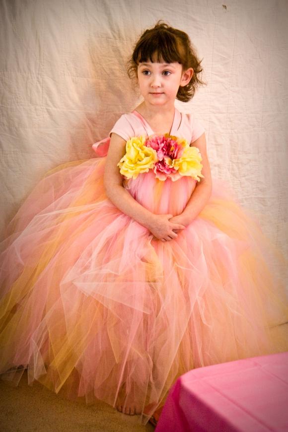 L's beautiful dress